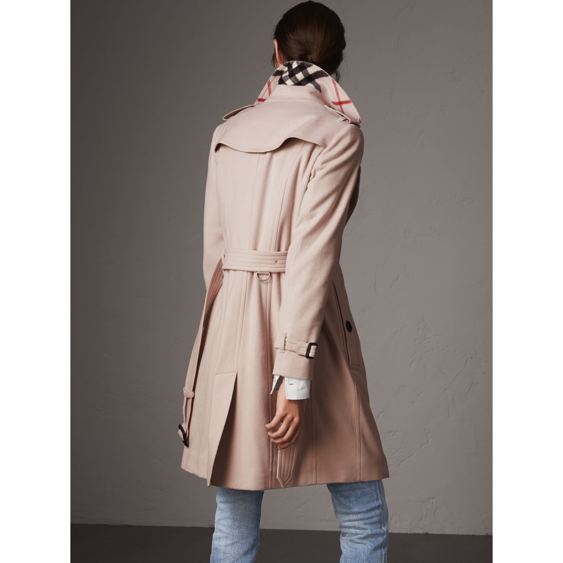 Sandringham Fit Cashmere Trench Coat in Pale Nude - Women | Burberry Singapore - gallery image 3