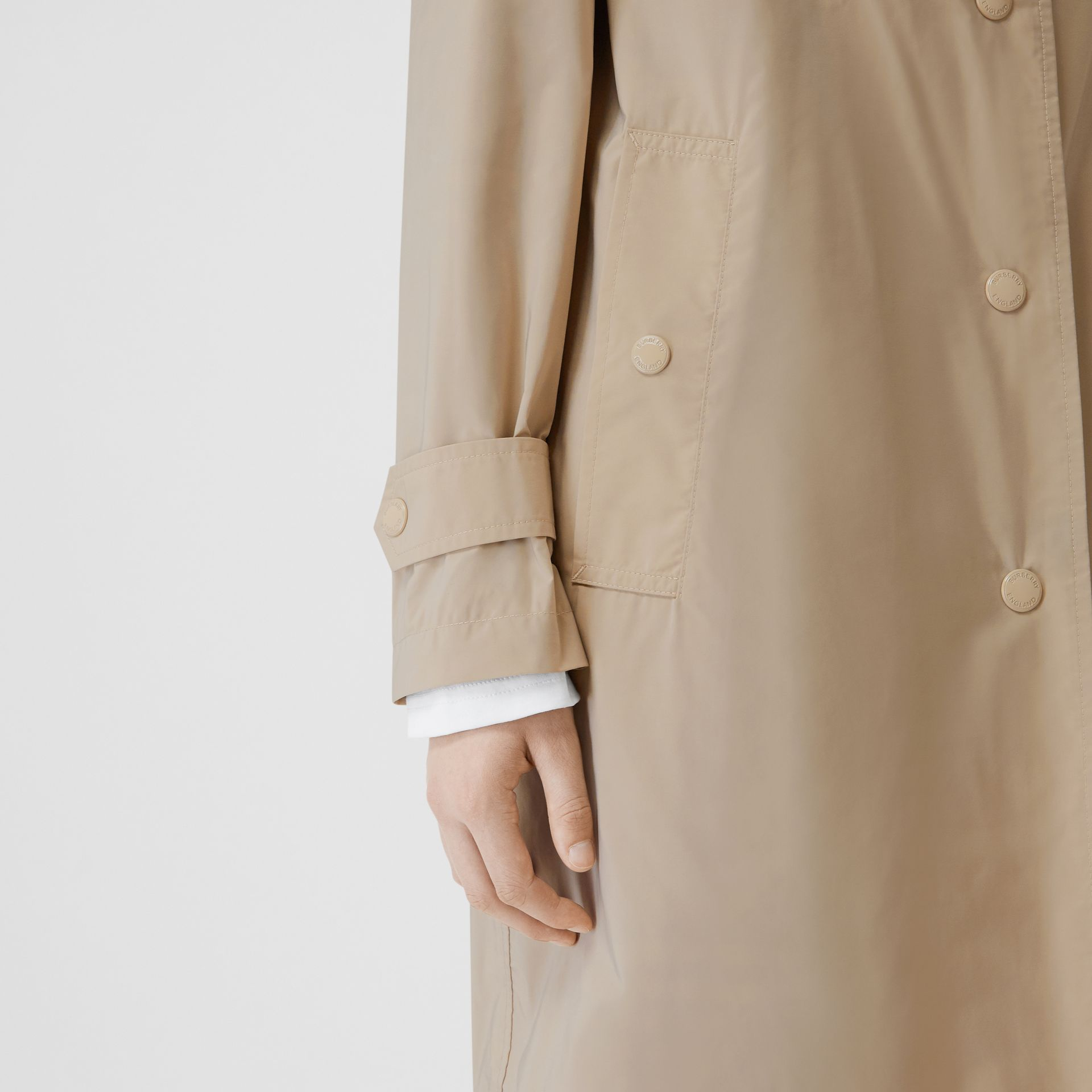Detachable Hood Shape-memory Taffeta Car Coat in Dusty Beige - Women | Burberry Australia - gallery image 4