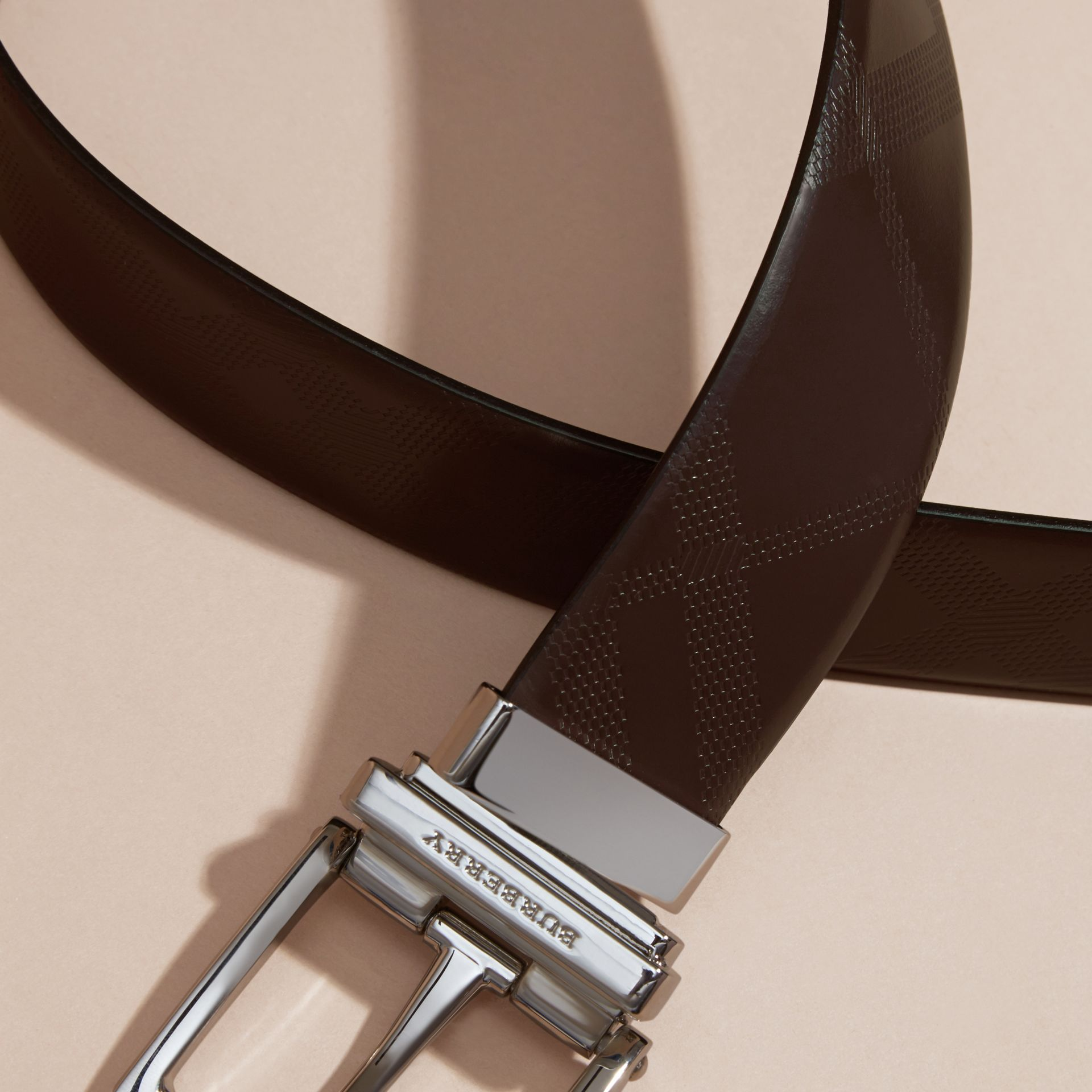 Reversible Leather Belt in Bitter Chocolate/black - Men | Burberry - gallery image 2