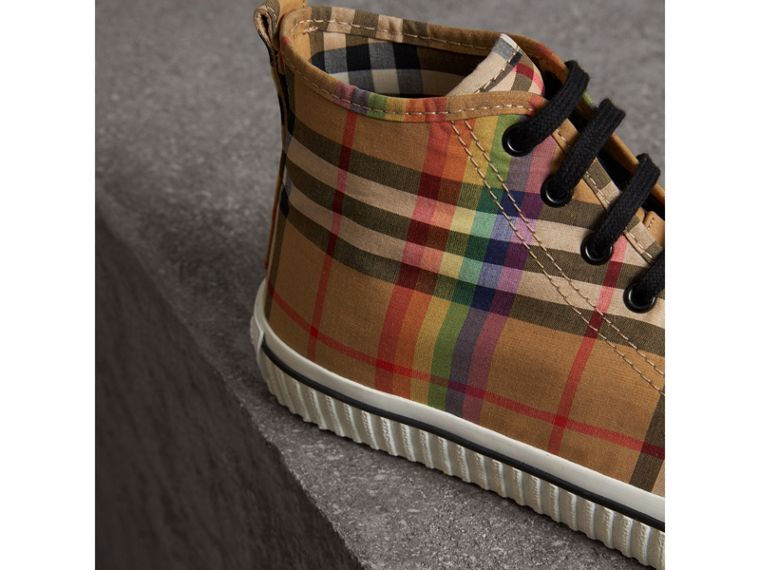 Sneakers montantes à motif Rainbow Vintage check (Jaune Antique) - Homme | Burberry - cell image 1