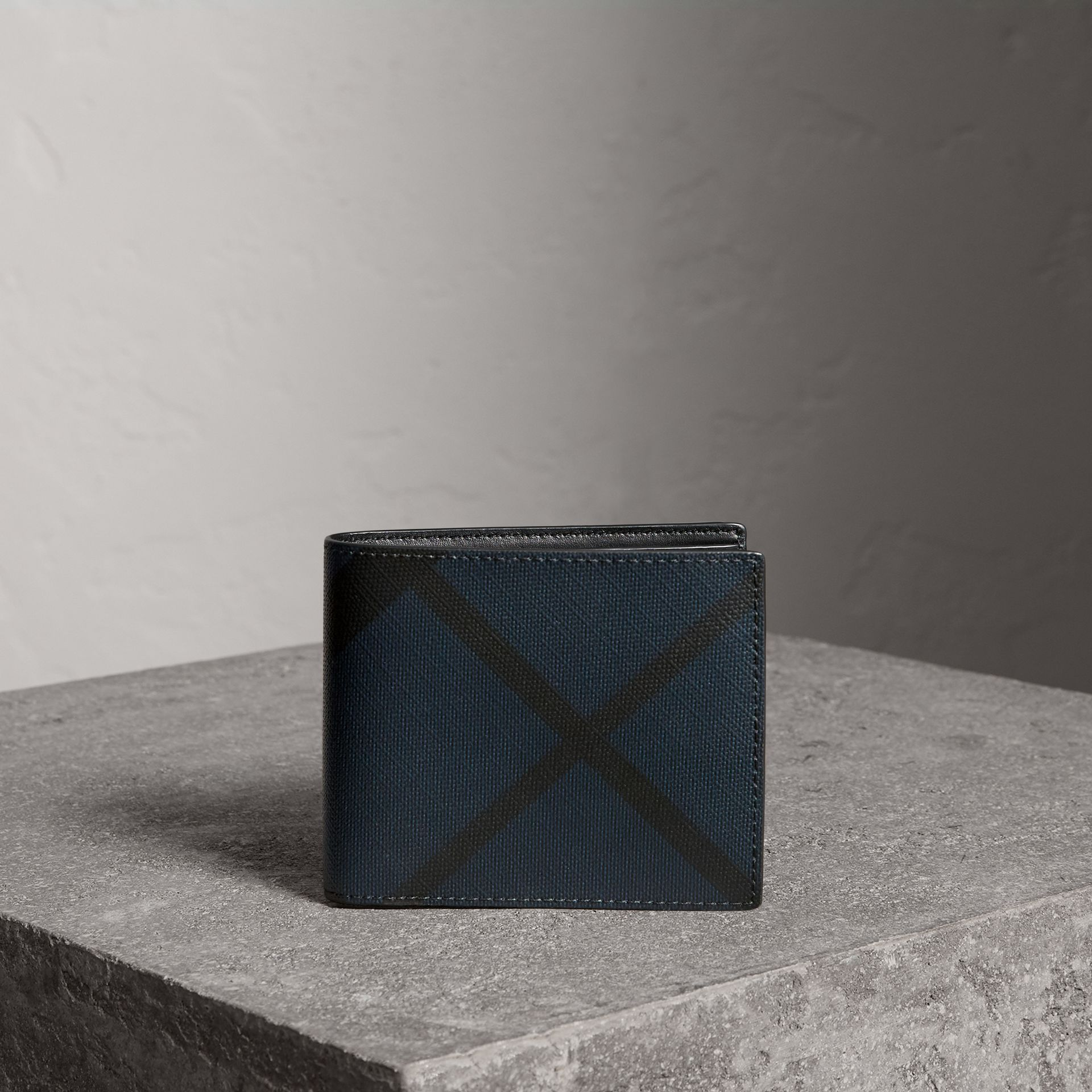 London Check ID Wallet in Navy/black - Men | Burberry United Kingdom - gallery image 0