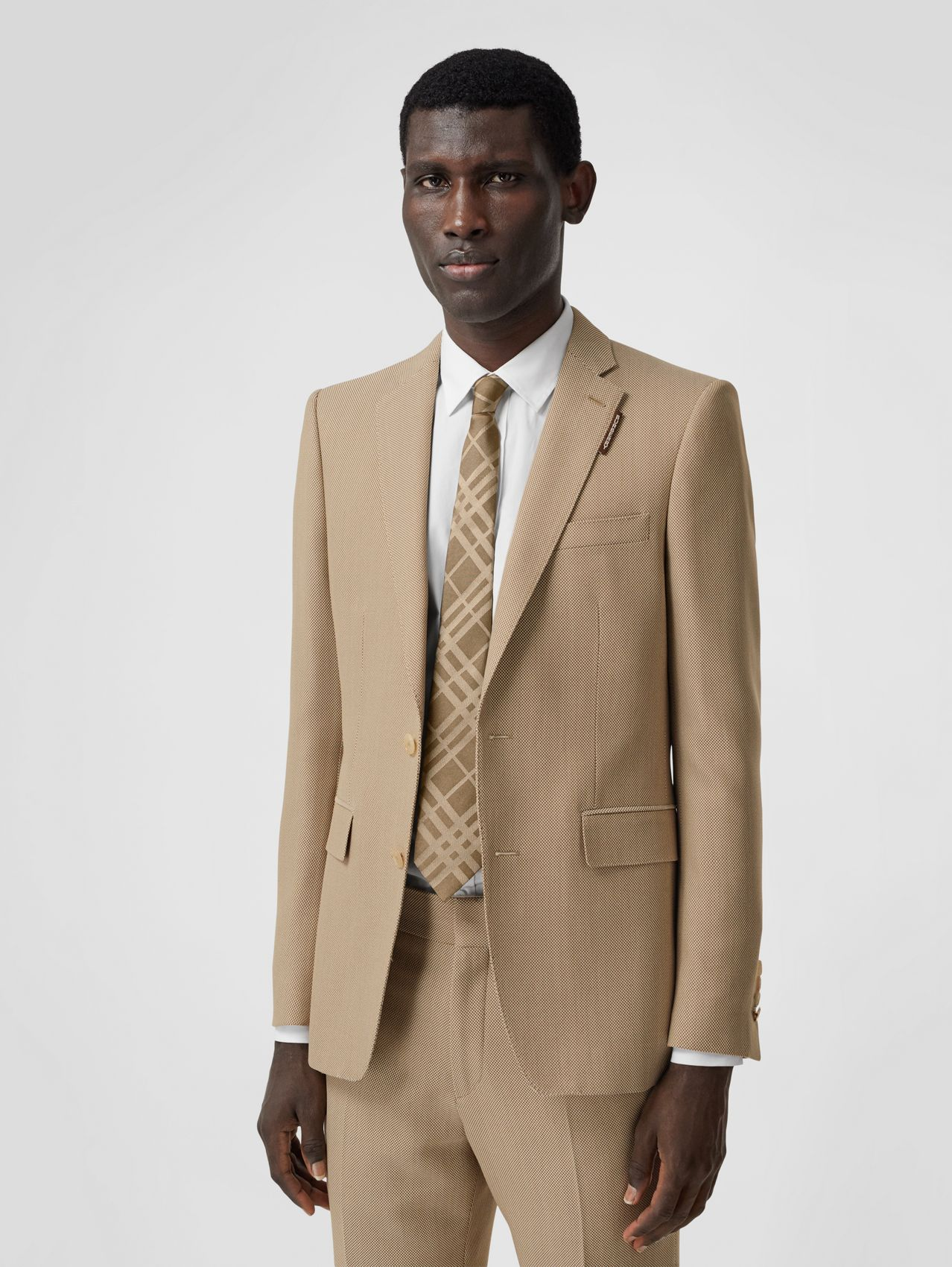 English Fit Technical Wool Canvas Tailored Jacket in Dusty Sand