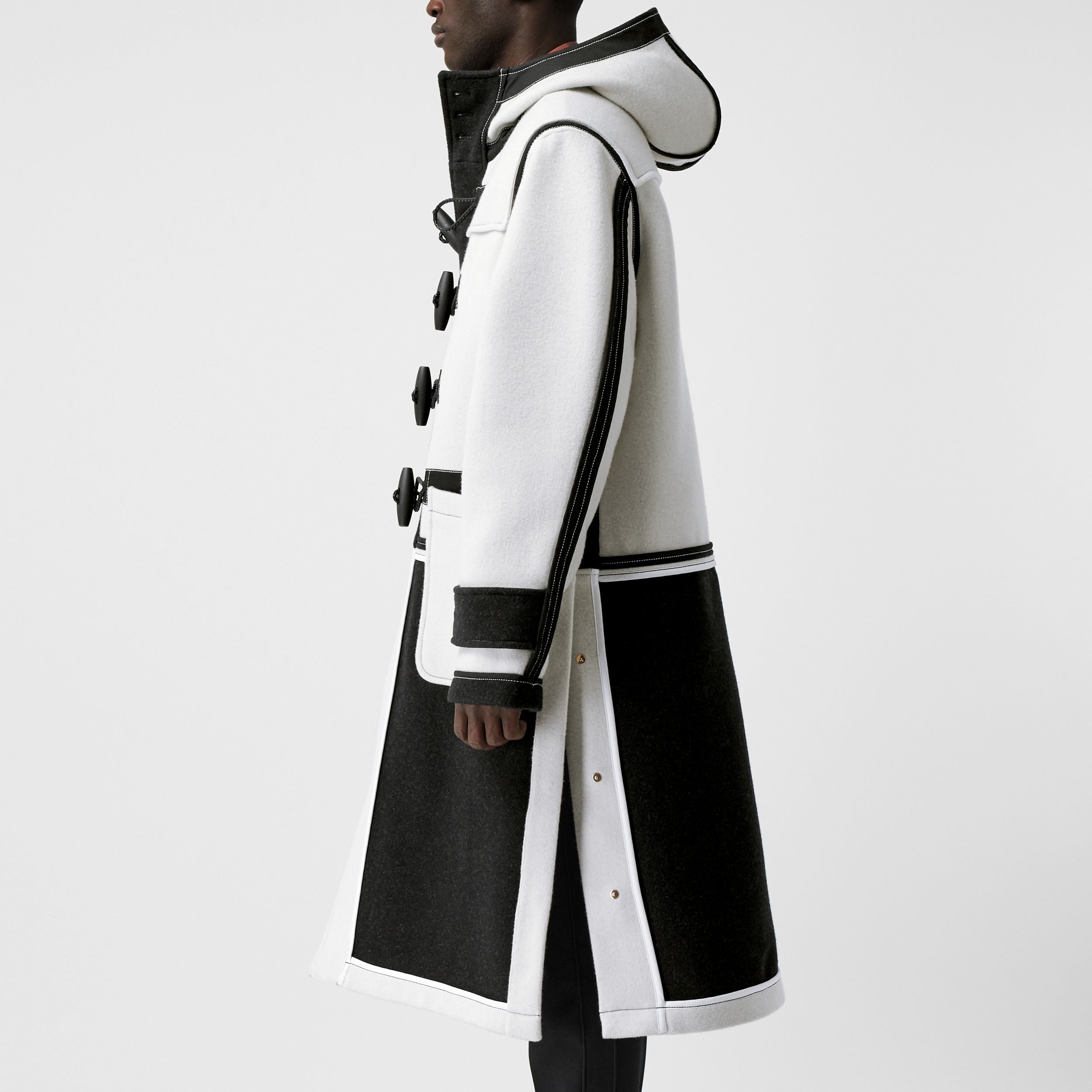 Two-tone Double-faced Wool Duffle Coat in White | Burberry - 4