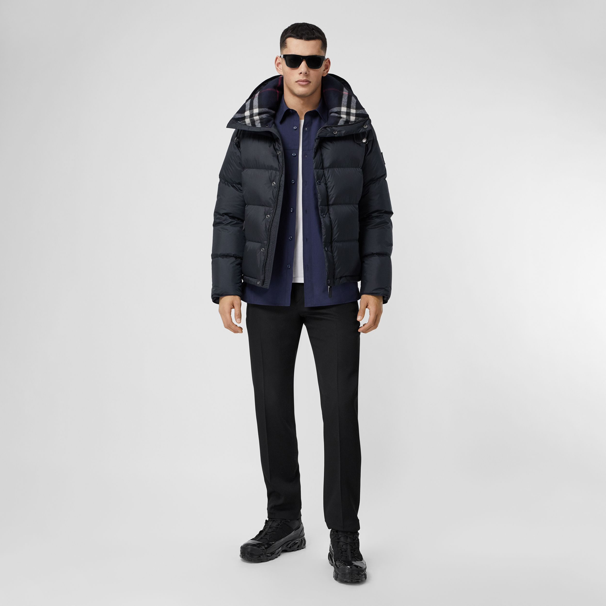 Detachable Sleeve Hooded Puffer Jacket in Navy - Men | Burberry - 1