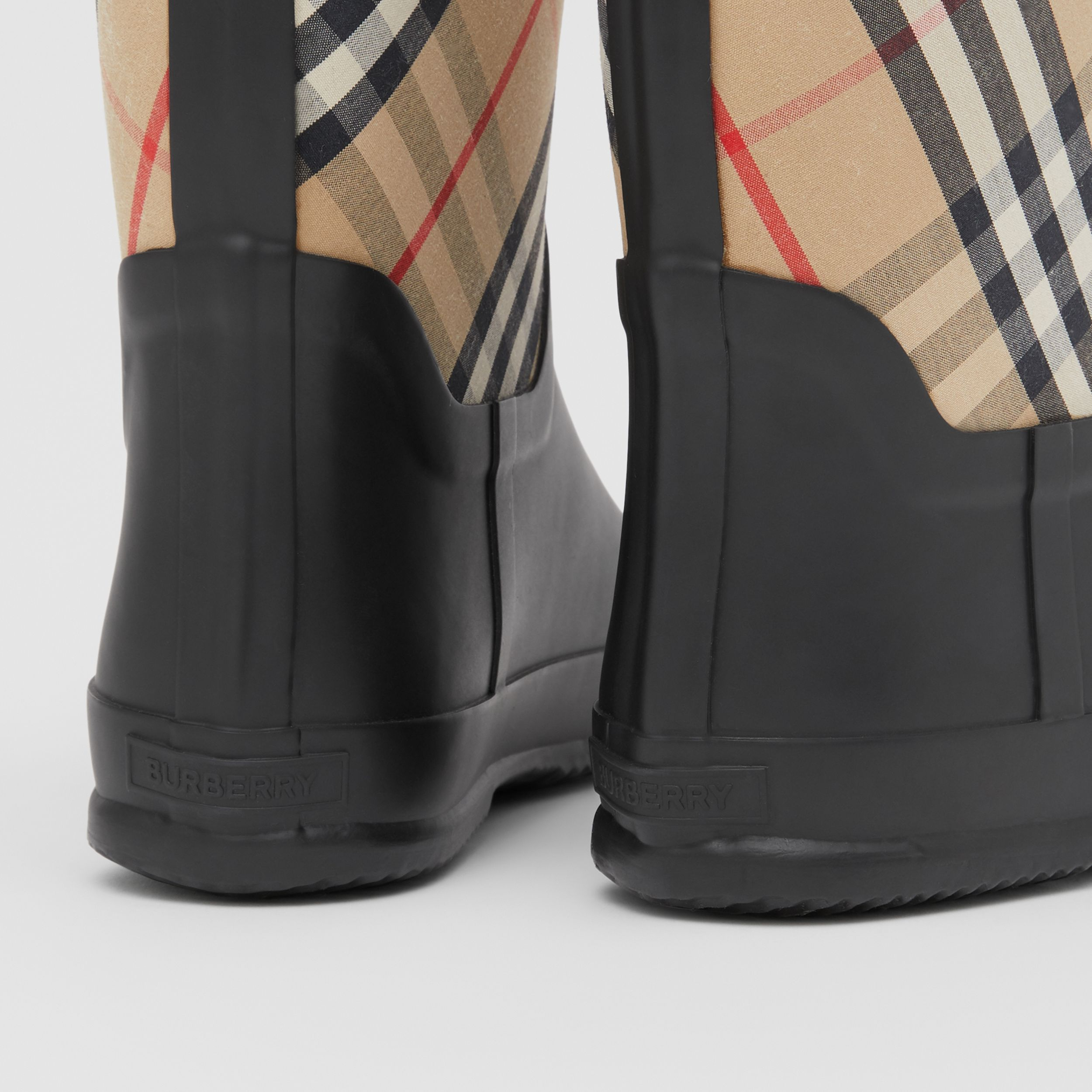 House Check Rubber Rain Boots in Archive Beige - Children | Burberry United Kingdom - 2