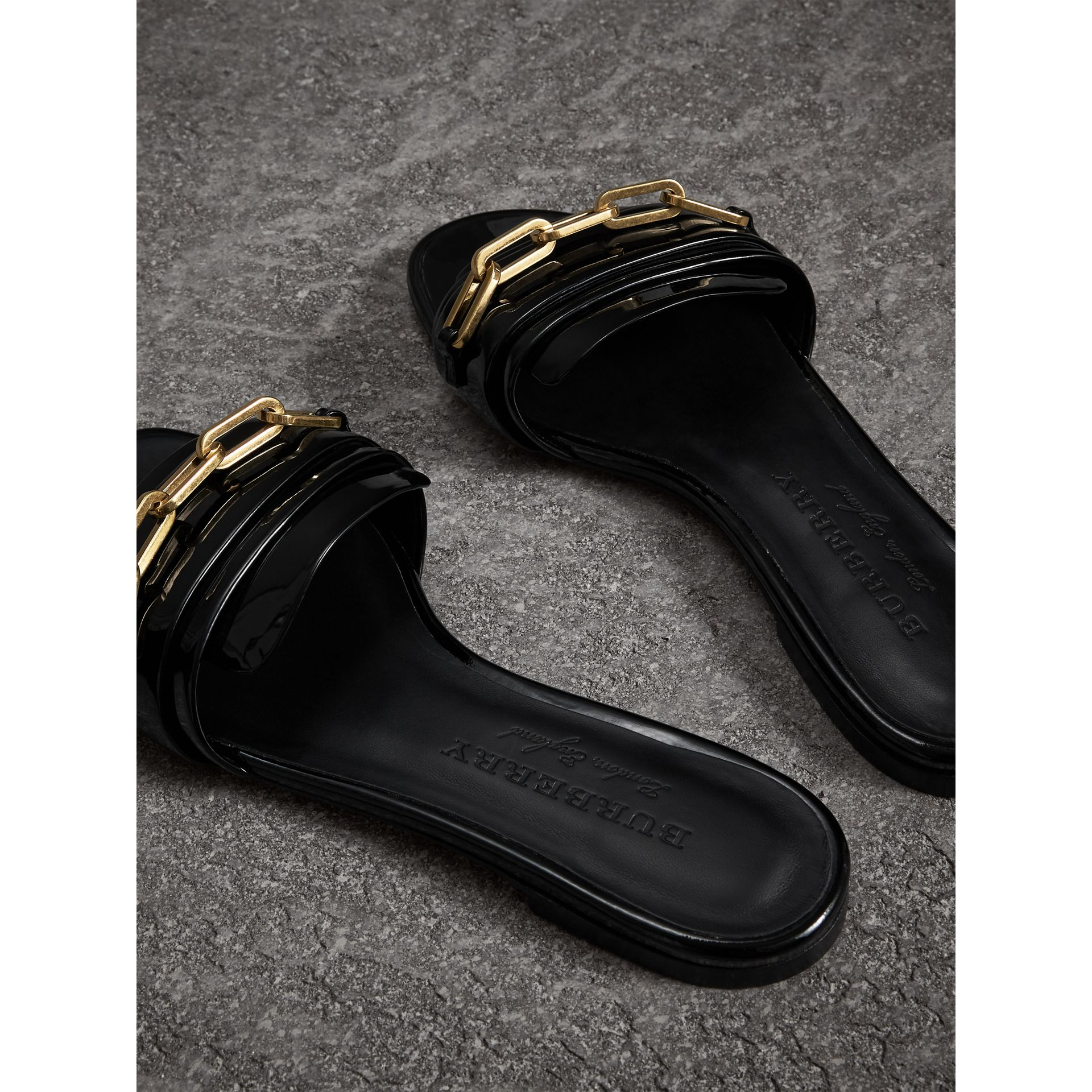 Link Detail Patent Leather Slides in Black - Women | Burberry United States - gallery image 3