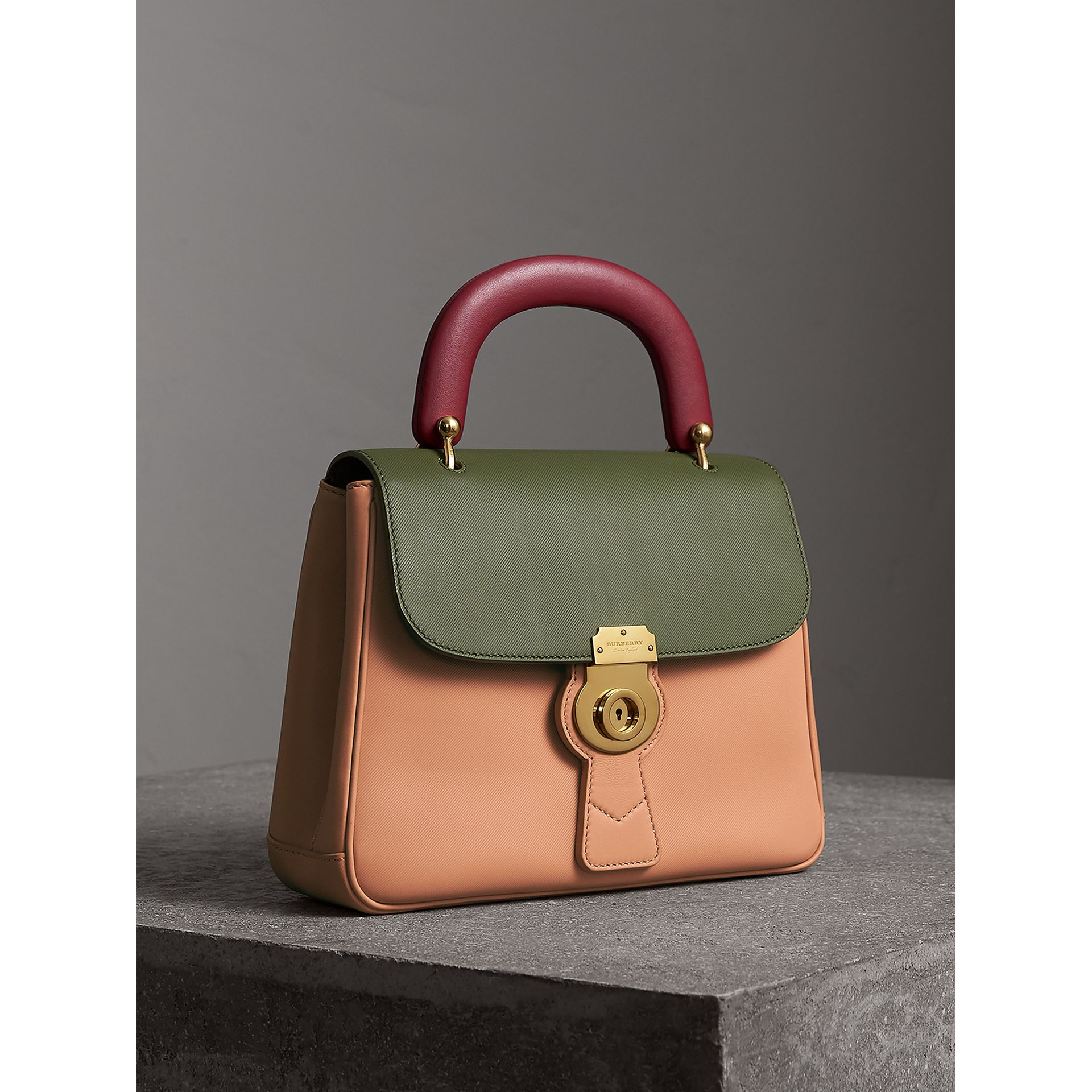 The Medium DK88 Top Handle Bag in Pale Clementine/moss Green - Women | Burberry - gallery image 7