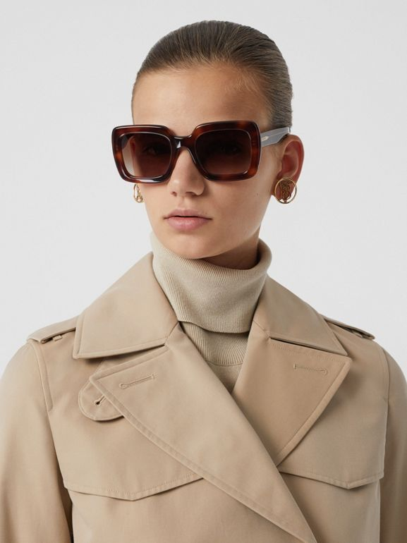 The Short Islington Trench Coat in Honey - Women   Burberry - cell image 1