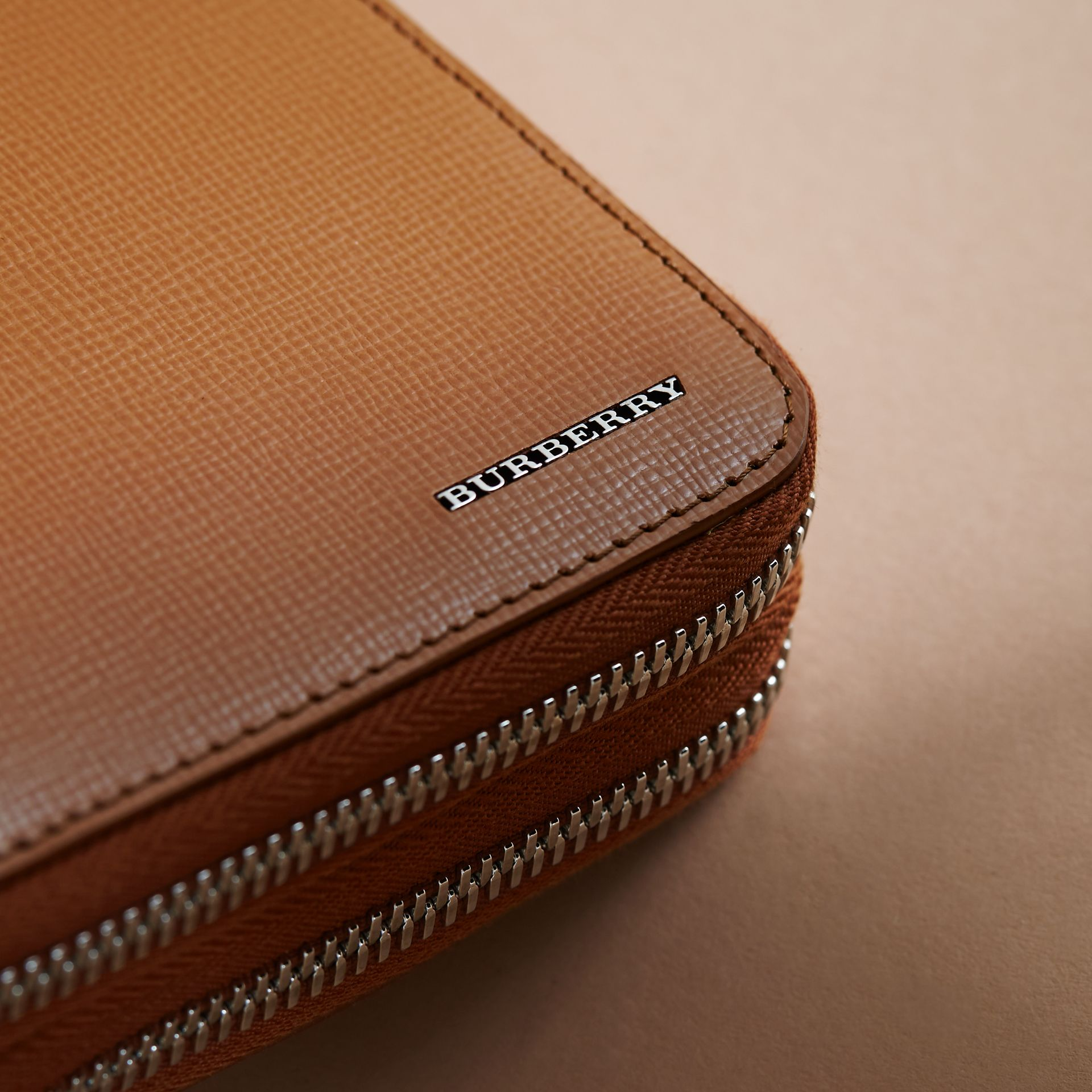 London Leather Travel Wallet in Tan - Men | Burberry - gallery image 2