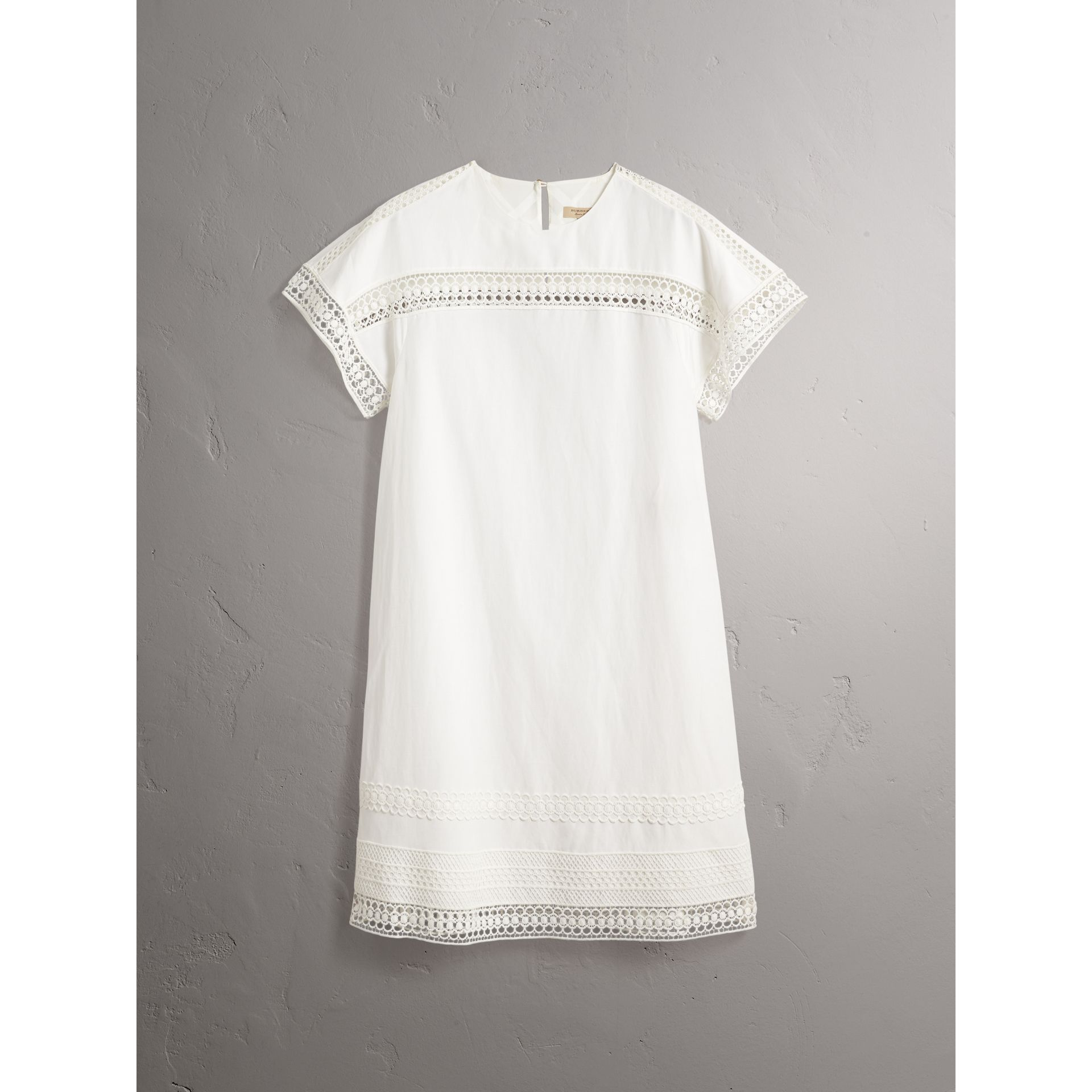 Short-sleeved Macramé Lace Detail Silk Blend Dress in White - Women | Burberry - gallery image 4