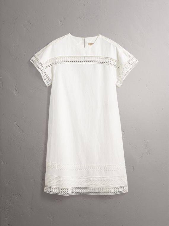 Short-sleeved Macramé Lace Detail Silk Blend Dress in White - Women | Burberry - cell image 3