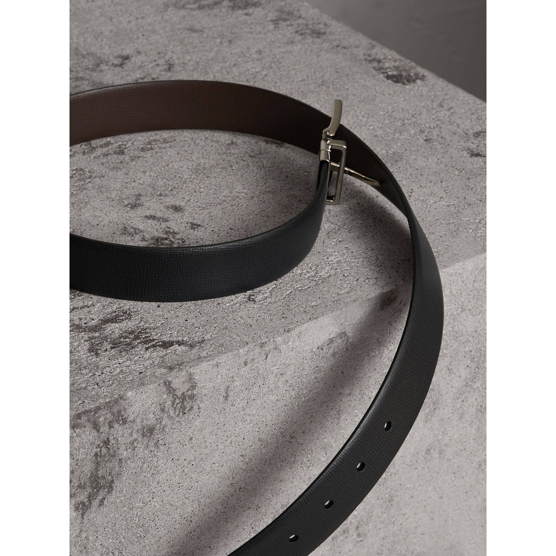 Reversible London Leather Belt in Black/chocolate - Men | Burberry United Kingdom - gallery image 2