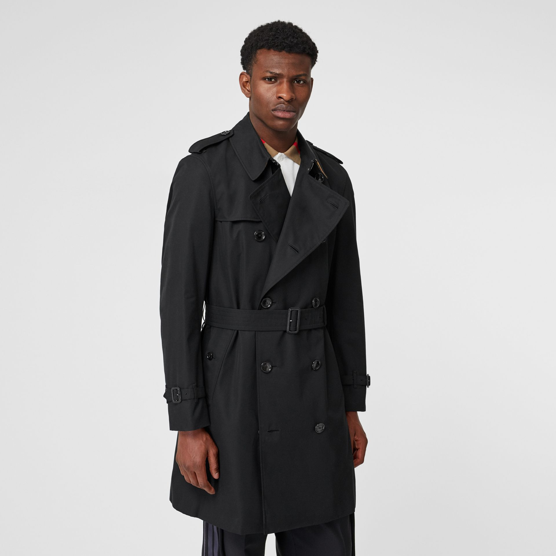 The Chelsea Heritage Trench Coat in Black - Men | Burberry Canada - gallery image 7