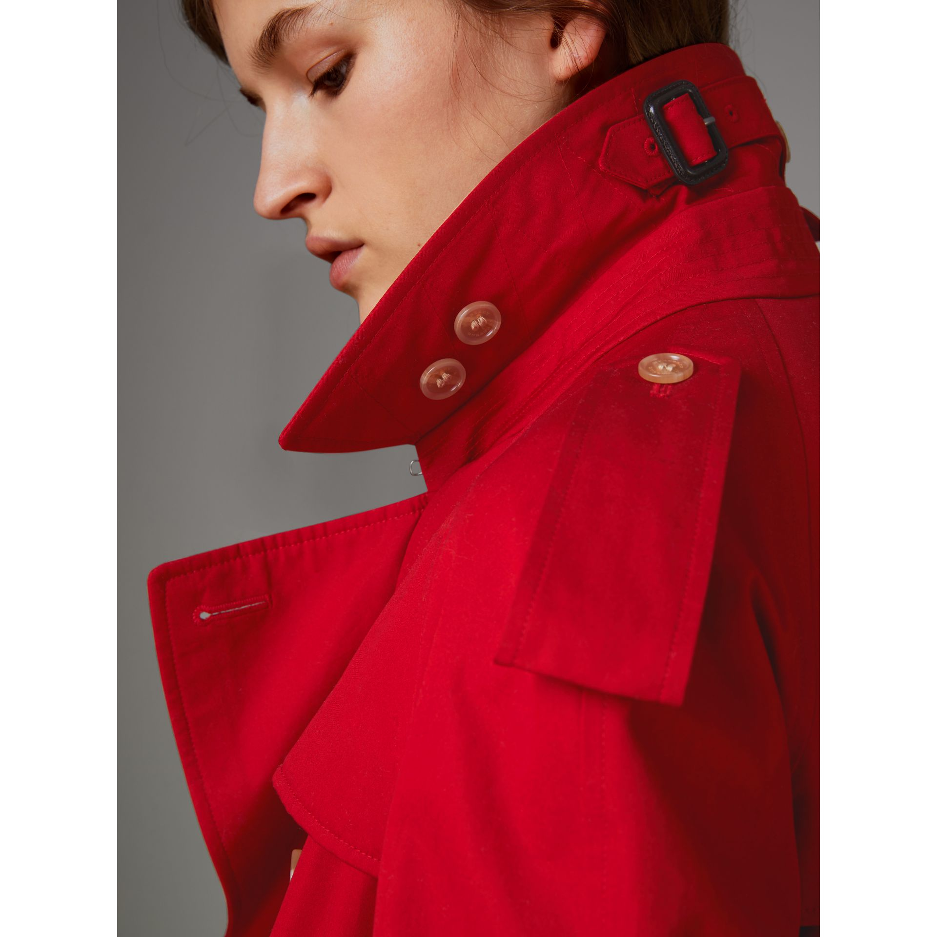 Raglan-sleeve Cotton Trench Coat in Parade Red - Women | Burberry Singapore - gallery image 4