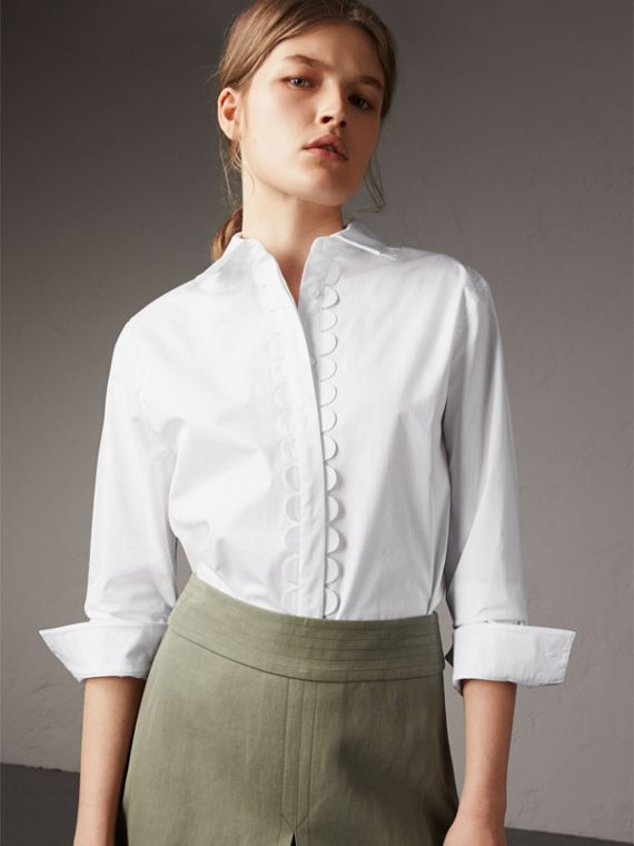 Camicia in cotone stretch con smerlature - Donna | Burberry