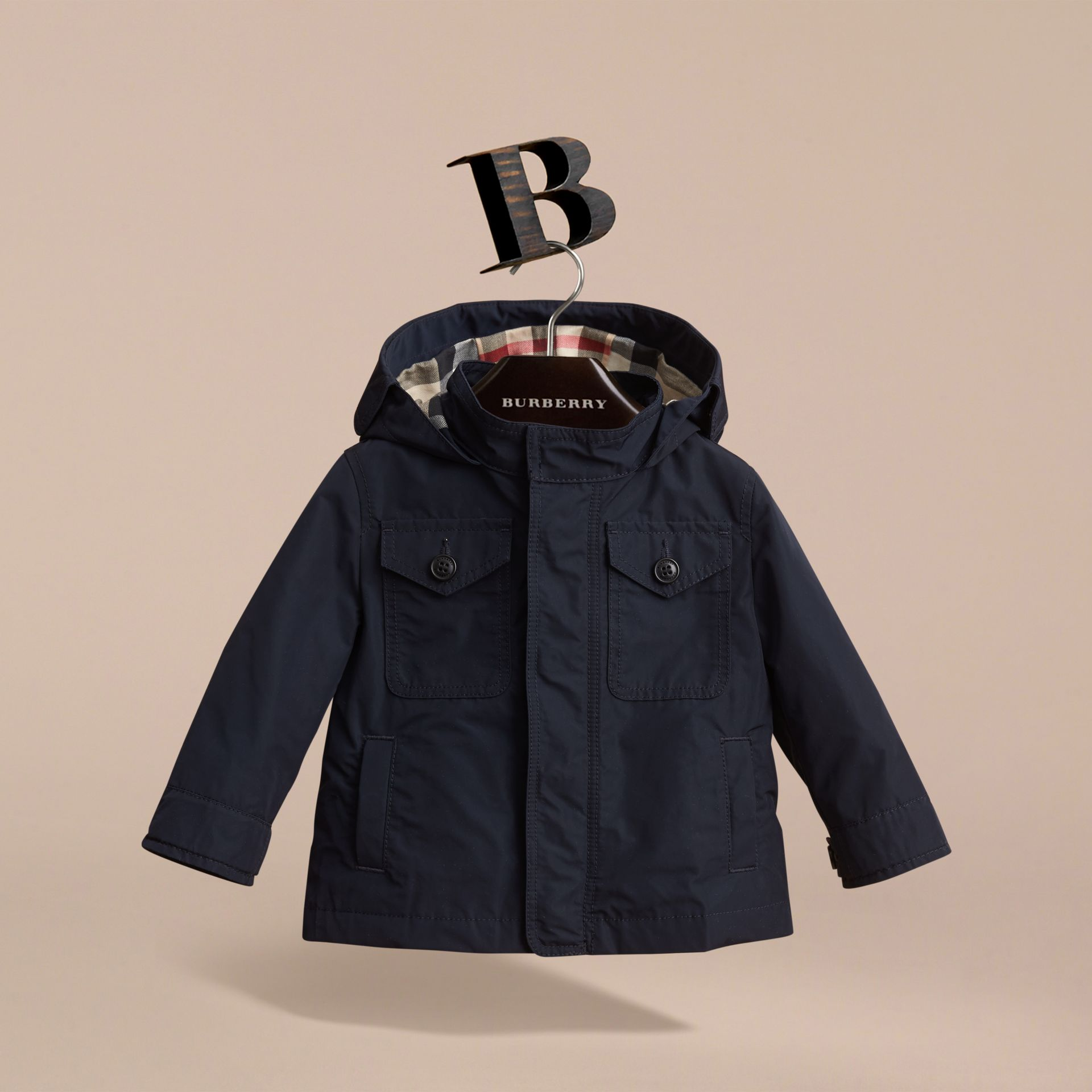 Hooded Field Jacket in Ink | Burberry United Kingdom - gallery image 3