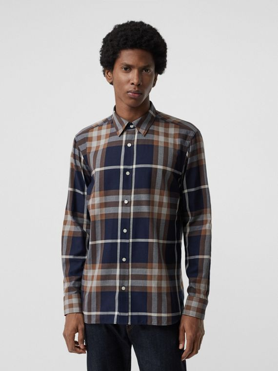 Check Cotton Flannel Shirt in Dark Navy