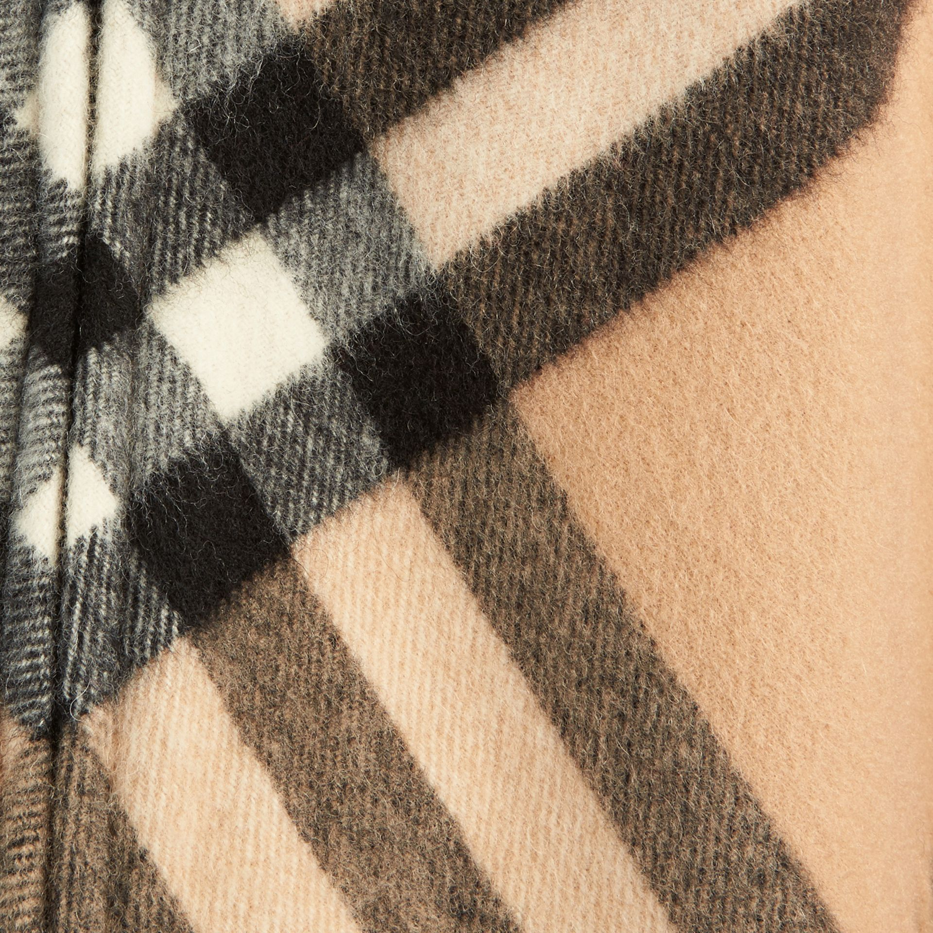 New classic Check Wool Cashmere Cape - gallery image 2