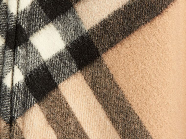 New classic Check Wool Cashmere Cape - cell image 1