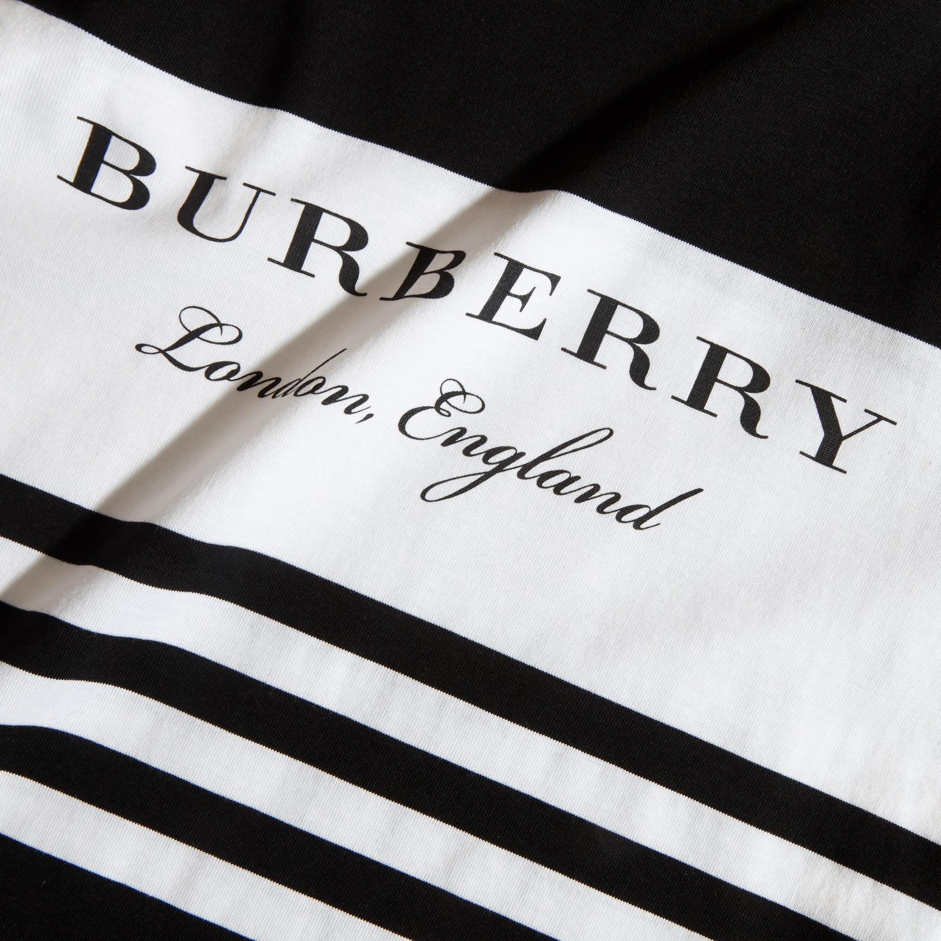 Nero T-shirt a maniche lunghe in cotone a righe Nero - immagine della galleria 2
