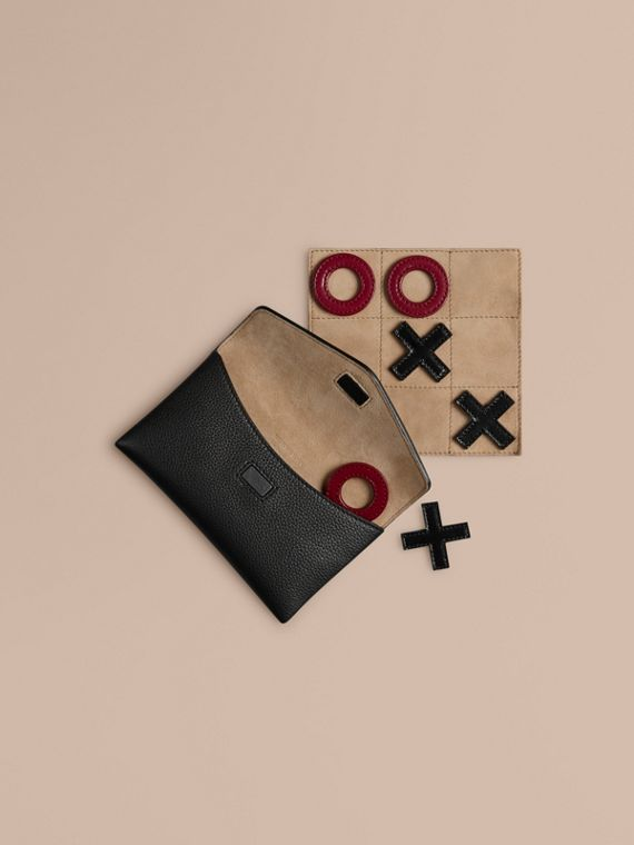 Leather Noughts and Crosses Set and Case | Burberry Singapore