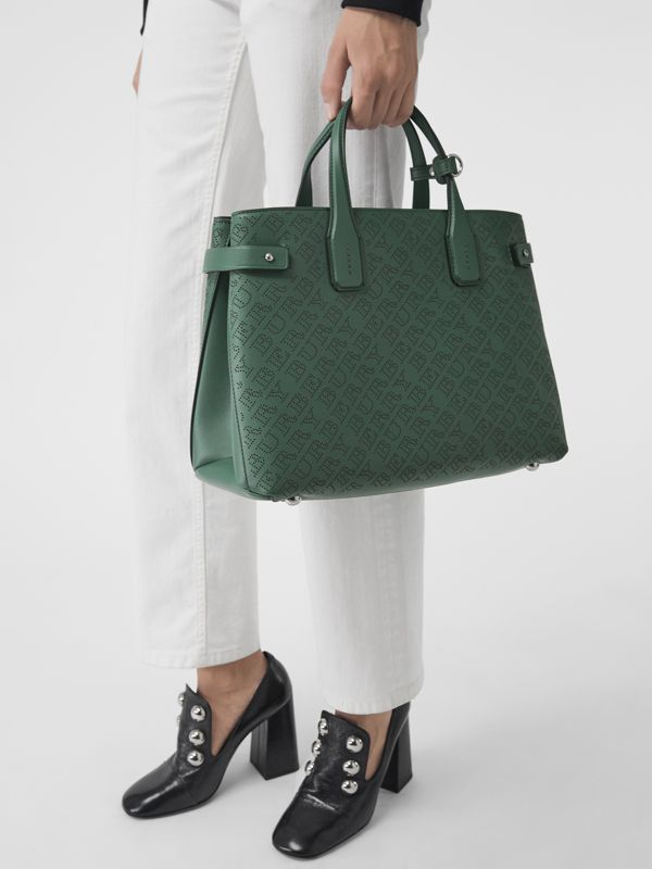 The banner media in pelle con logo traforato (Verde Vintage) - Donna | Burberry - cell image 3