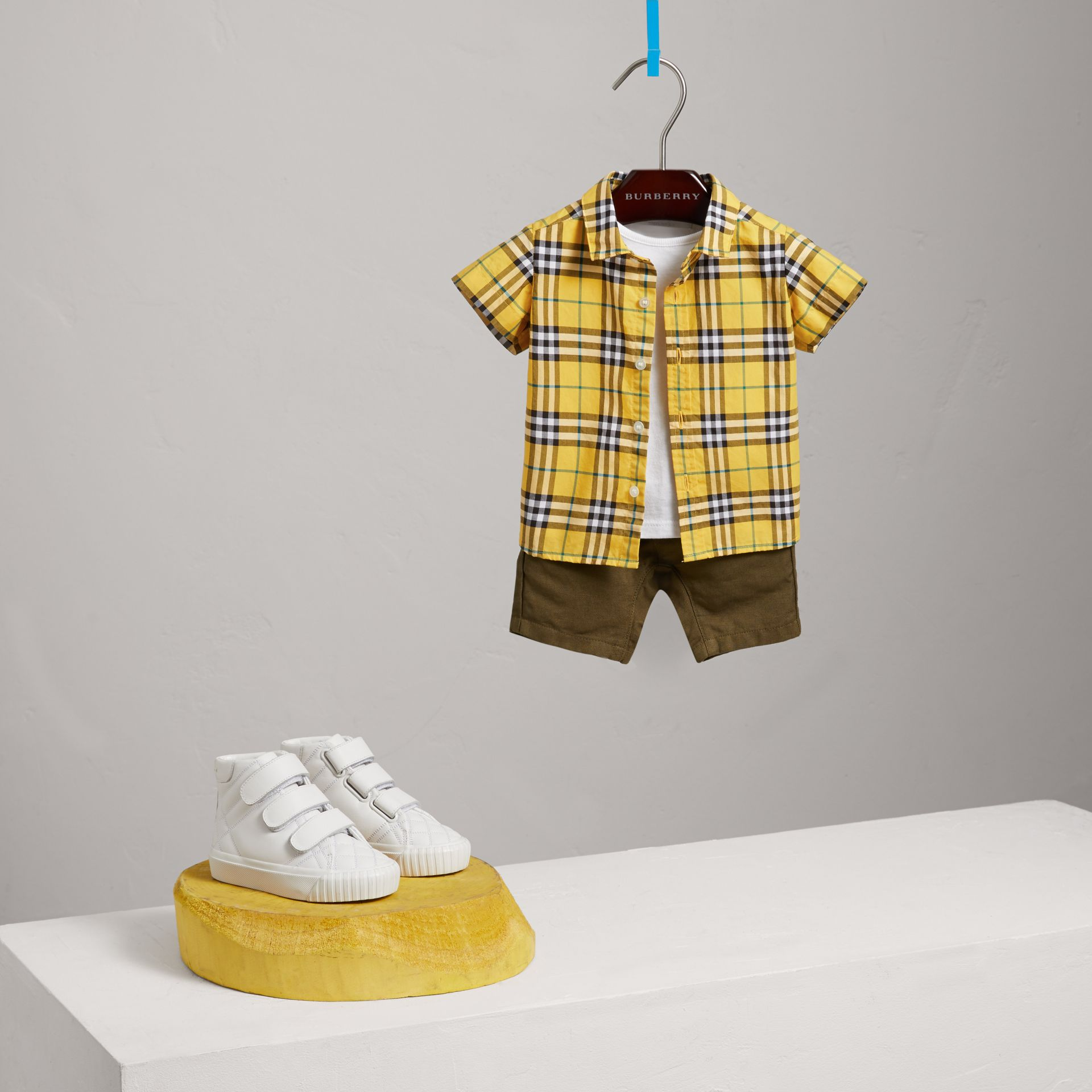 Short-sleeve Check Cotton Shirt in Bright Yellow | Burberry - gallery image 2