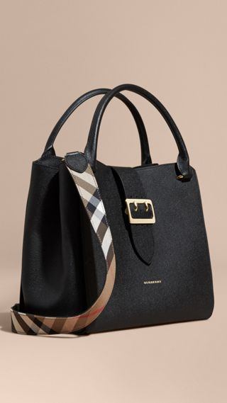 The Large Buckle Tote in Grainy Leather