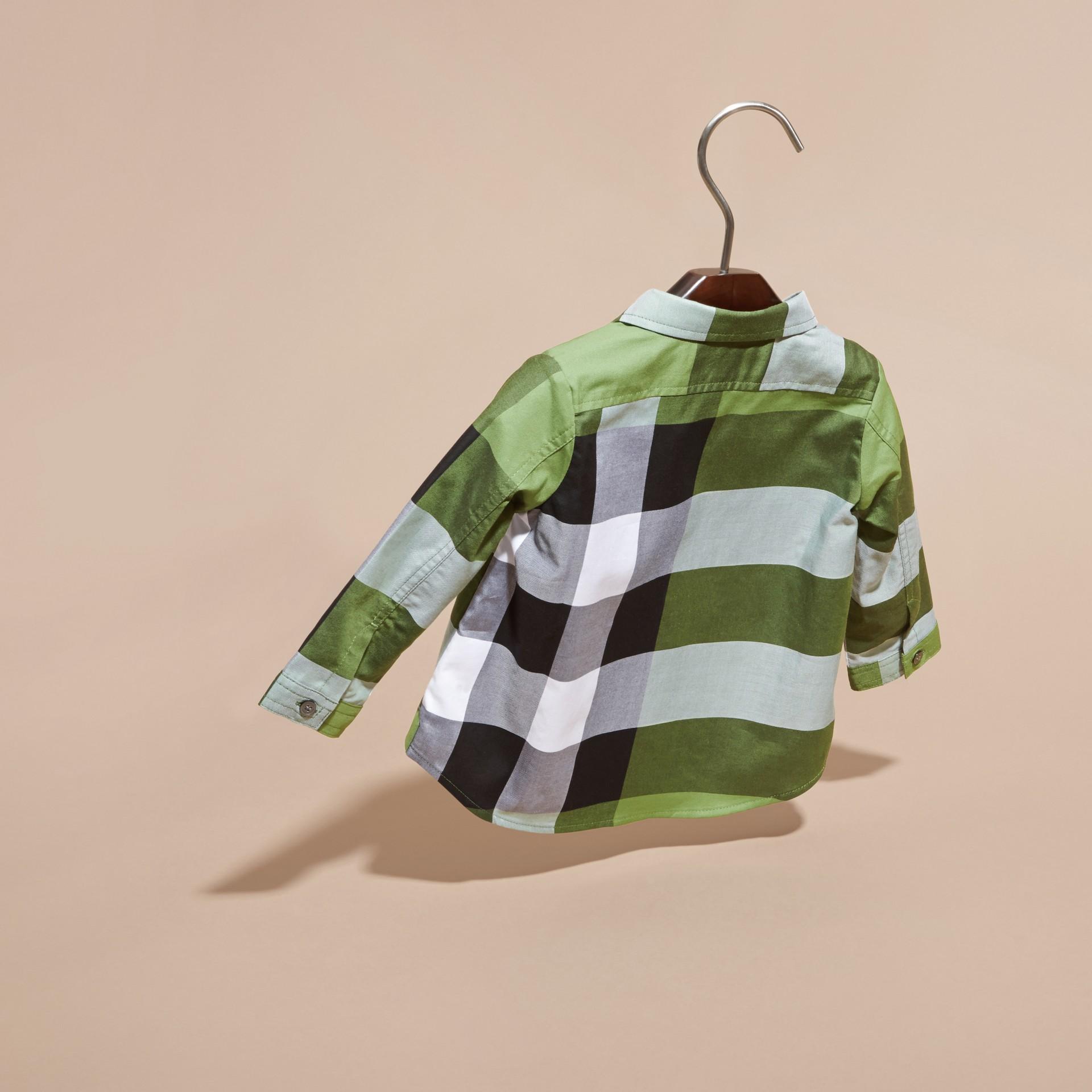 Verde felce brillante Camicia in cotone con motivo check Verde Felce Brillante - immagine della galleria 4