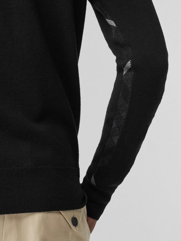 Suéter de lã merino com meio zíper (Preto) - Homens | Burberry - cell image 1
