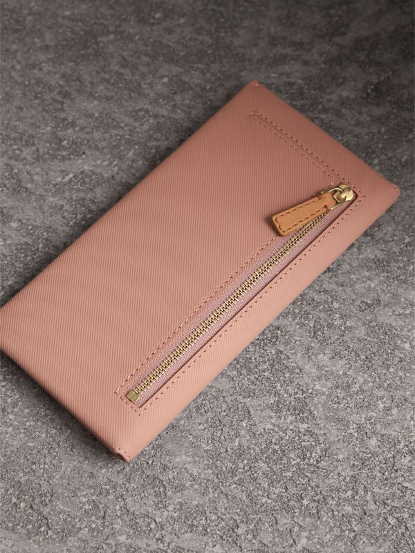 Trench Leather Envelope Wallet in Ash Rose/pale Clementine - Women | Burberry - cell image 2