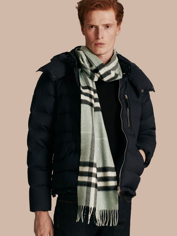 The Classic Cashmere Scarf in Check Dusty Mint - cell image 3