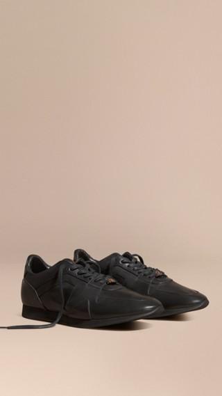 Sneaker Field in pelle