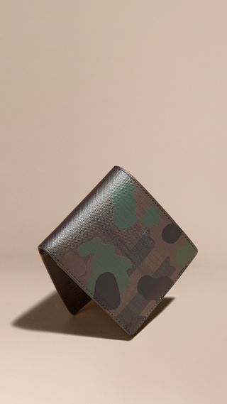 Camouflage and London Check Folding Wallet