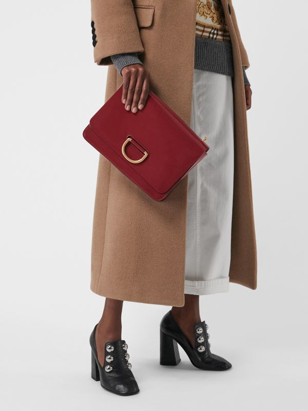 Sac The D-ring moyen en cuir verni (Carmin) - Femme | Burberry Canada - cell image 3