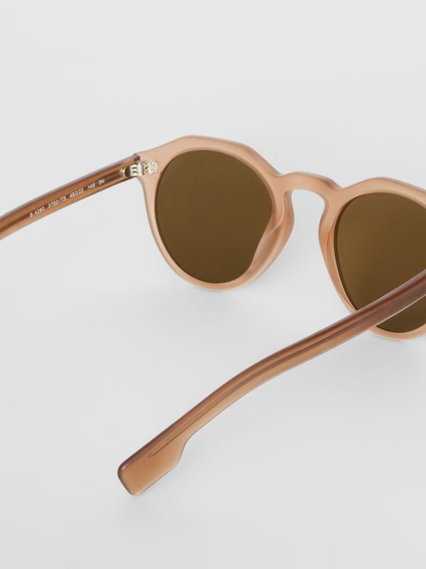 Keyhole Round Frame Sunglasses in Brown - Men | Burberry Singapore - cell image 3