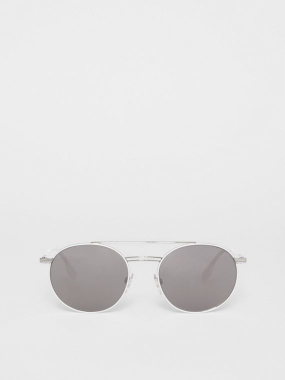 Top Bar Detail Round Frame Sunglasses in Silver