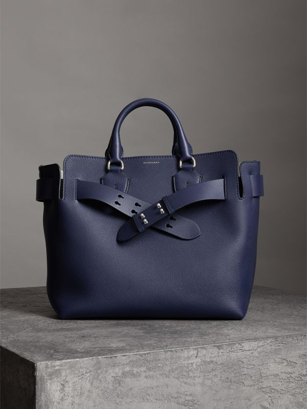 The Medium Belt Bag Grainy Leather Belt in Regency Blue - Women | Burberry - cell image 3
