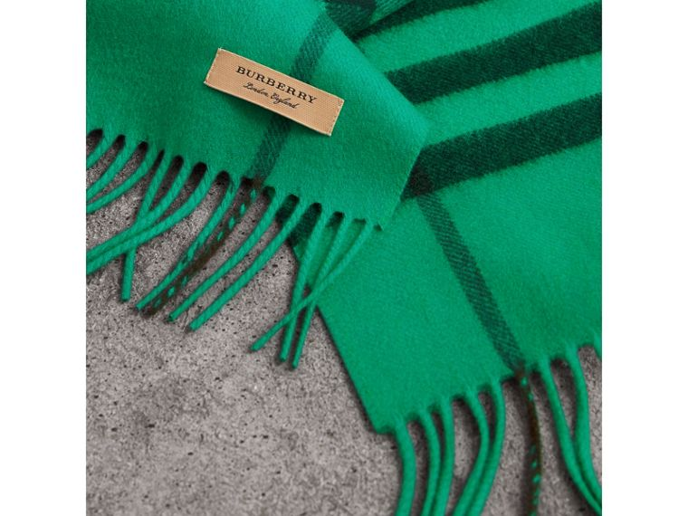 Overdyed Exploded Check Cashmere Scarf in Bright Emerald | Burberry - cell image 1