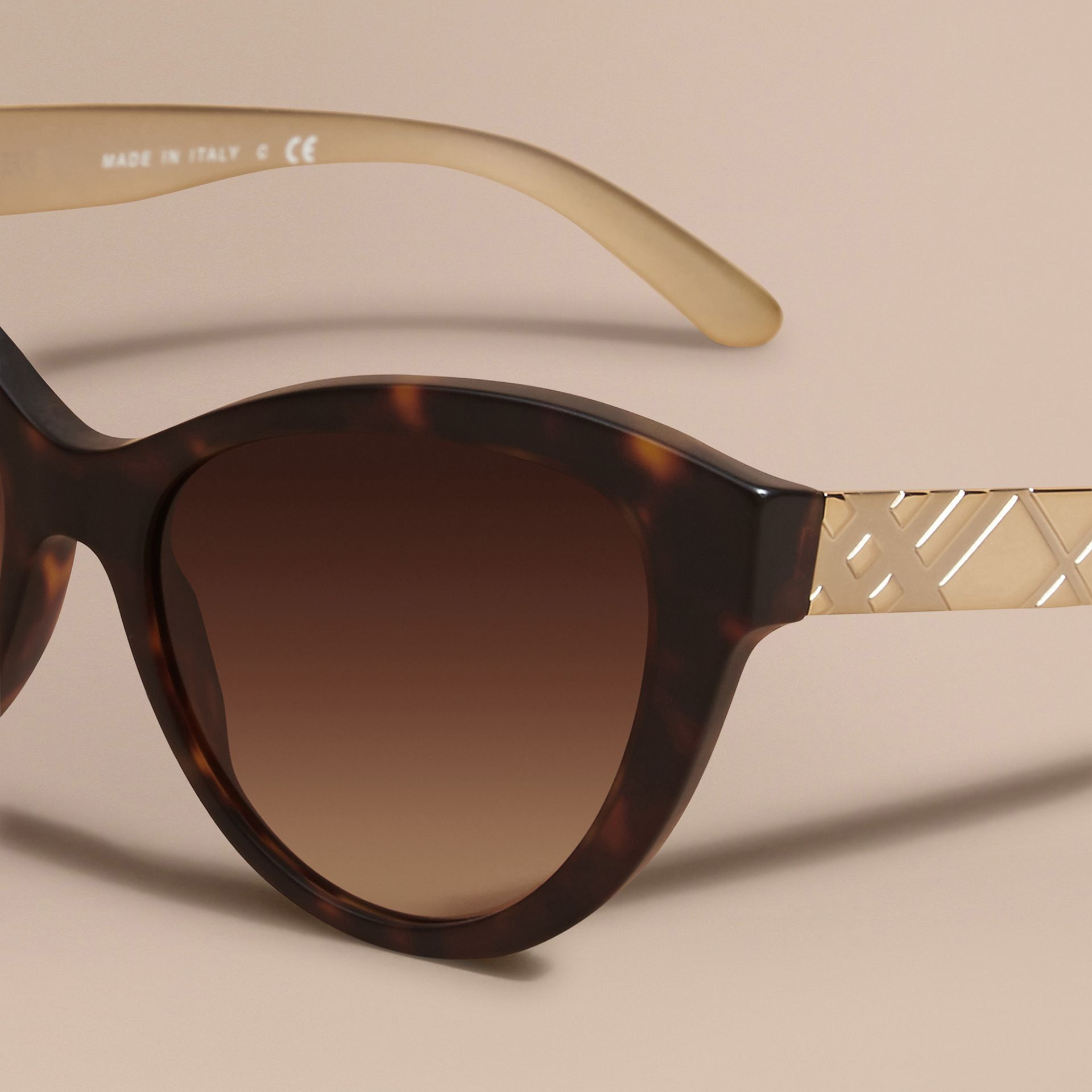 Tortoiseshell 3D Check Cat-eye Sunglasses Tortoiseshell - gallery image 3