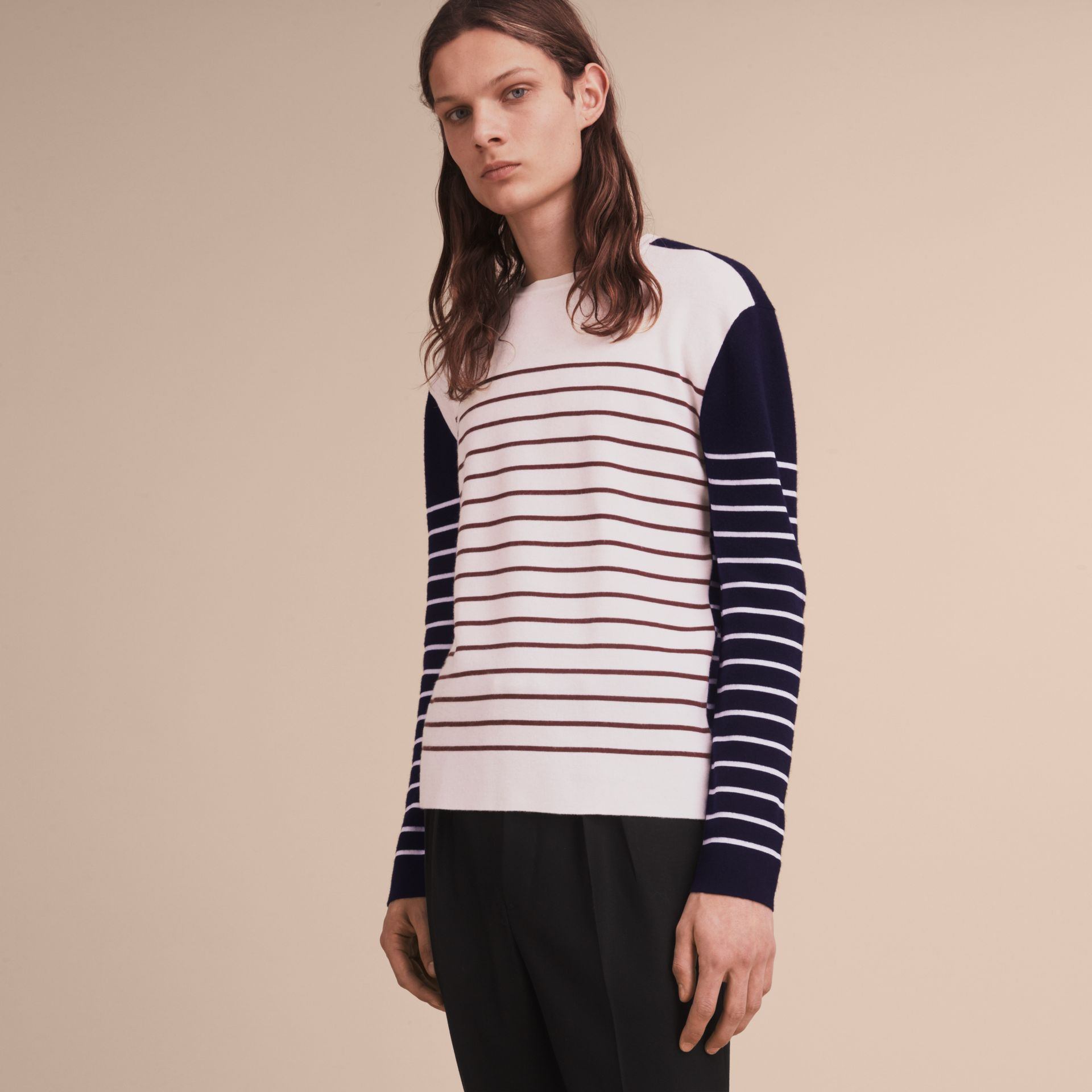 Contrast Stripe Cashmere Blend Sweater in Navy - Men | Burberry - gallery image 6