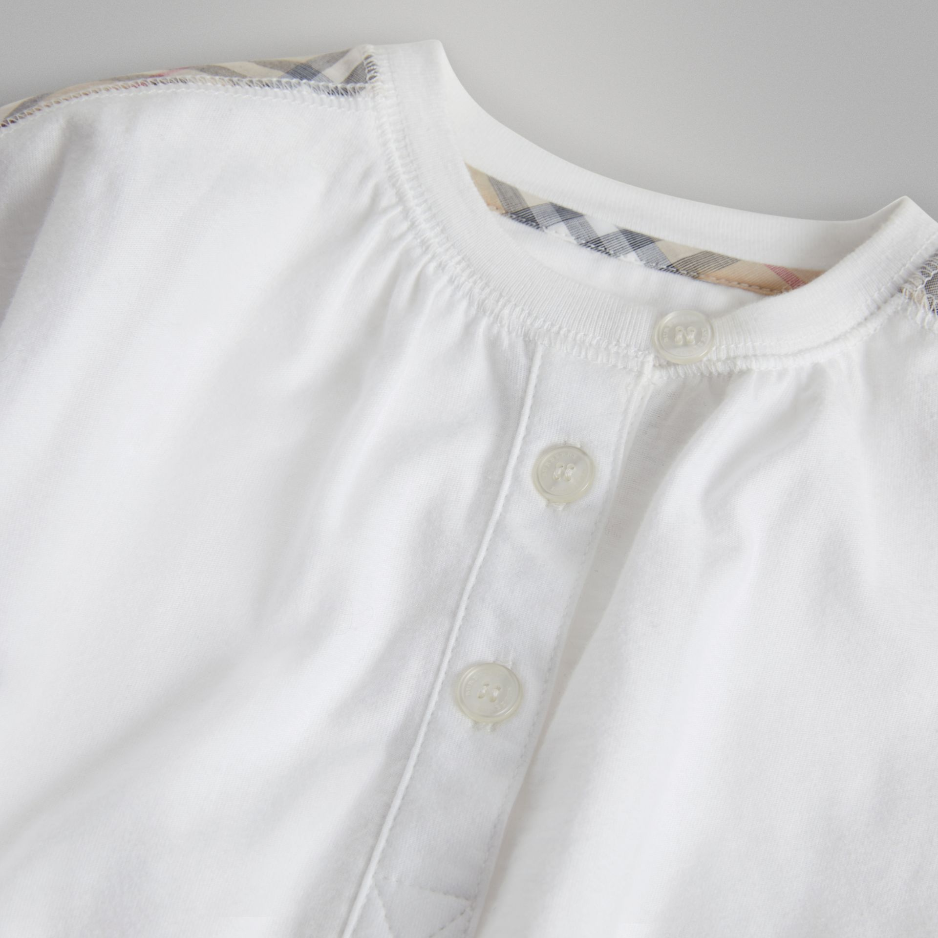 Check Cotton Three-piece Baby Gift Set in White - Children | Burberry United States - gallery image 1