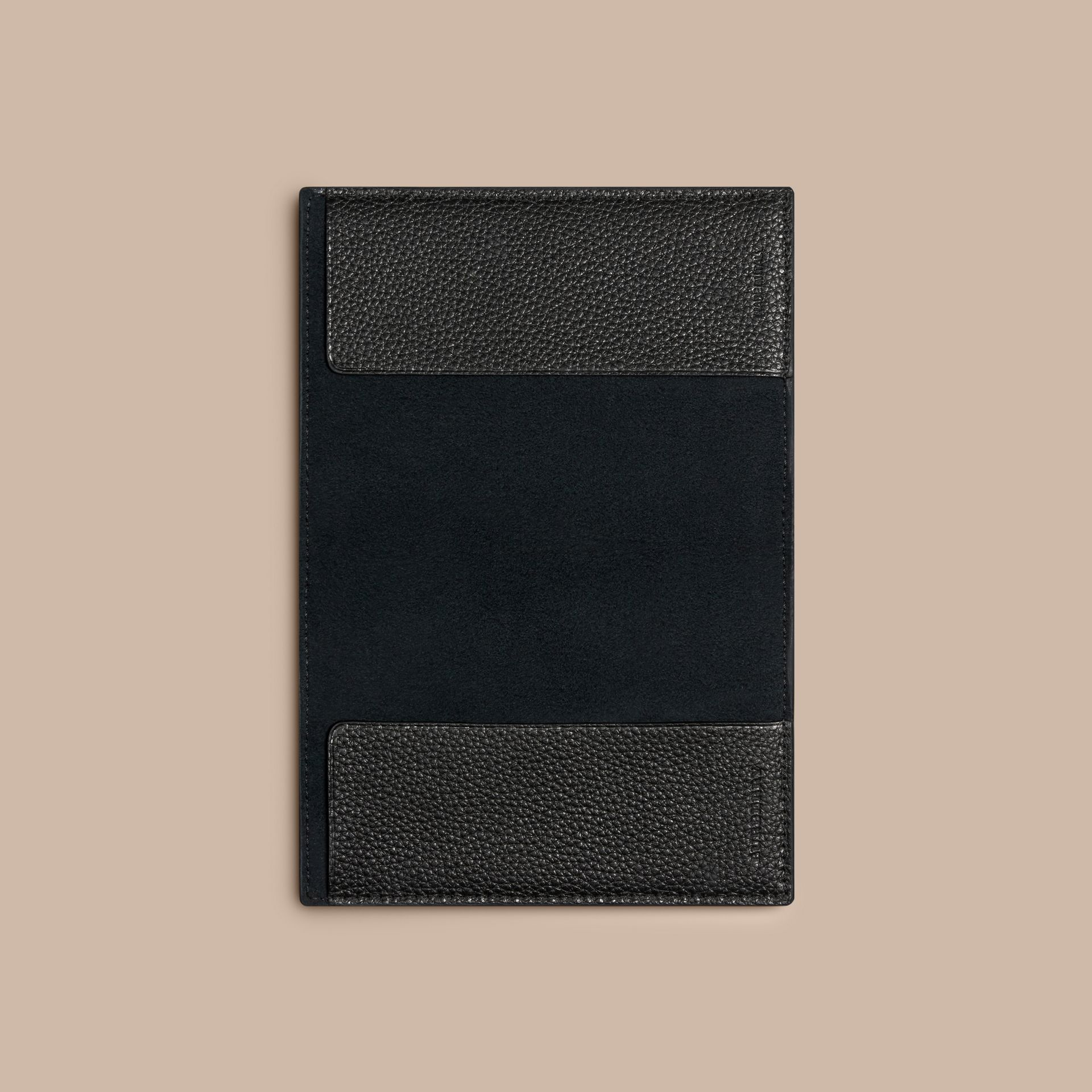 Grainy Leather Passport Cover in Black | Burberry - gallery image 3