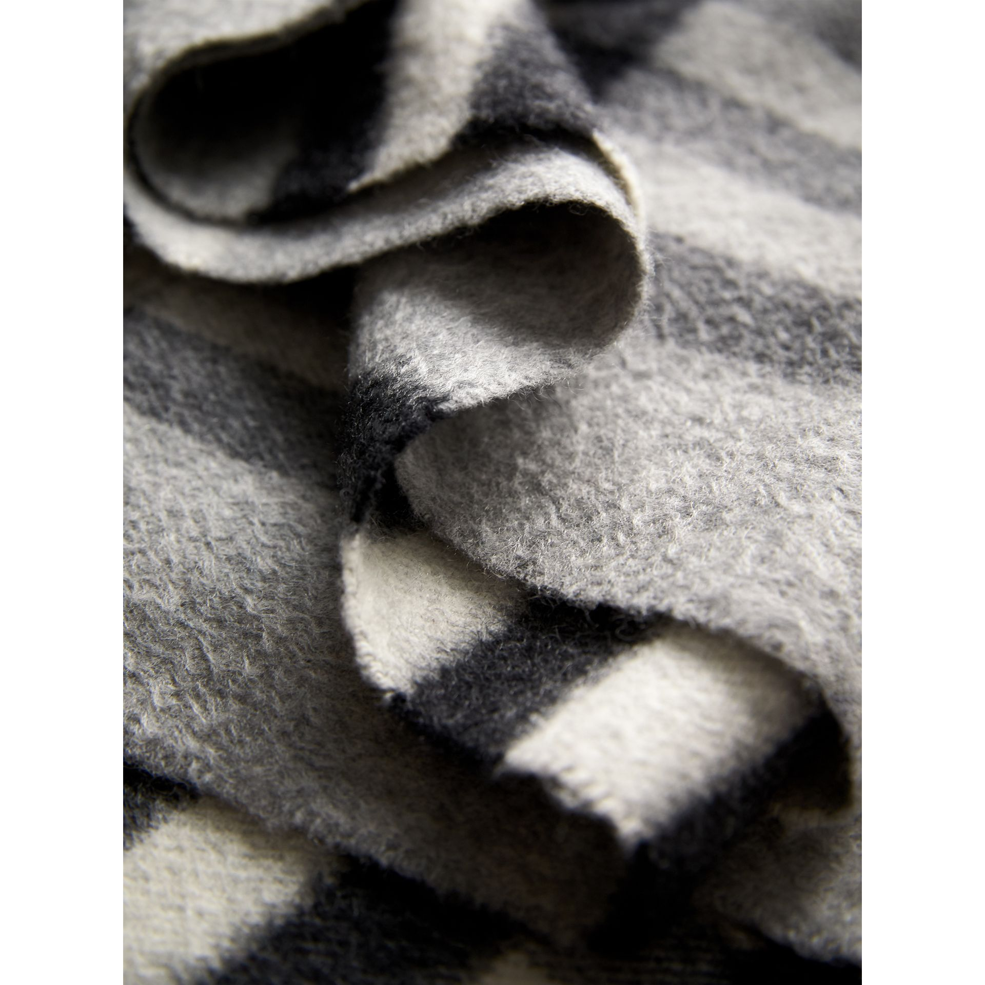The Classic Check Cashmere Scarf in Pale Grey | Burberry - gallery image 5