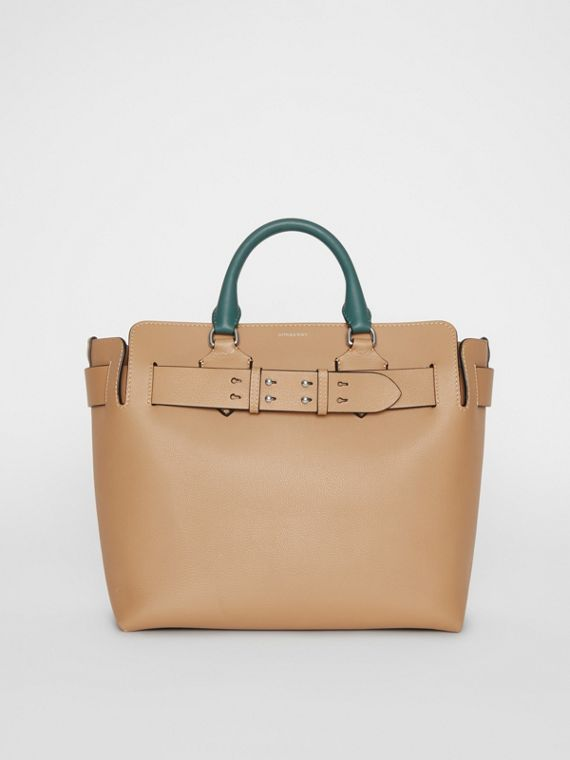 The Medium Leather Belt Bag in Light Camel
