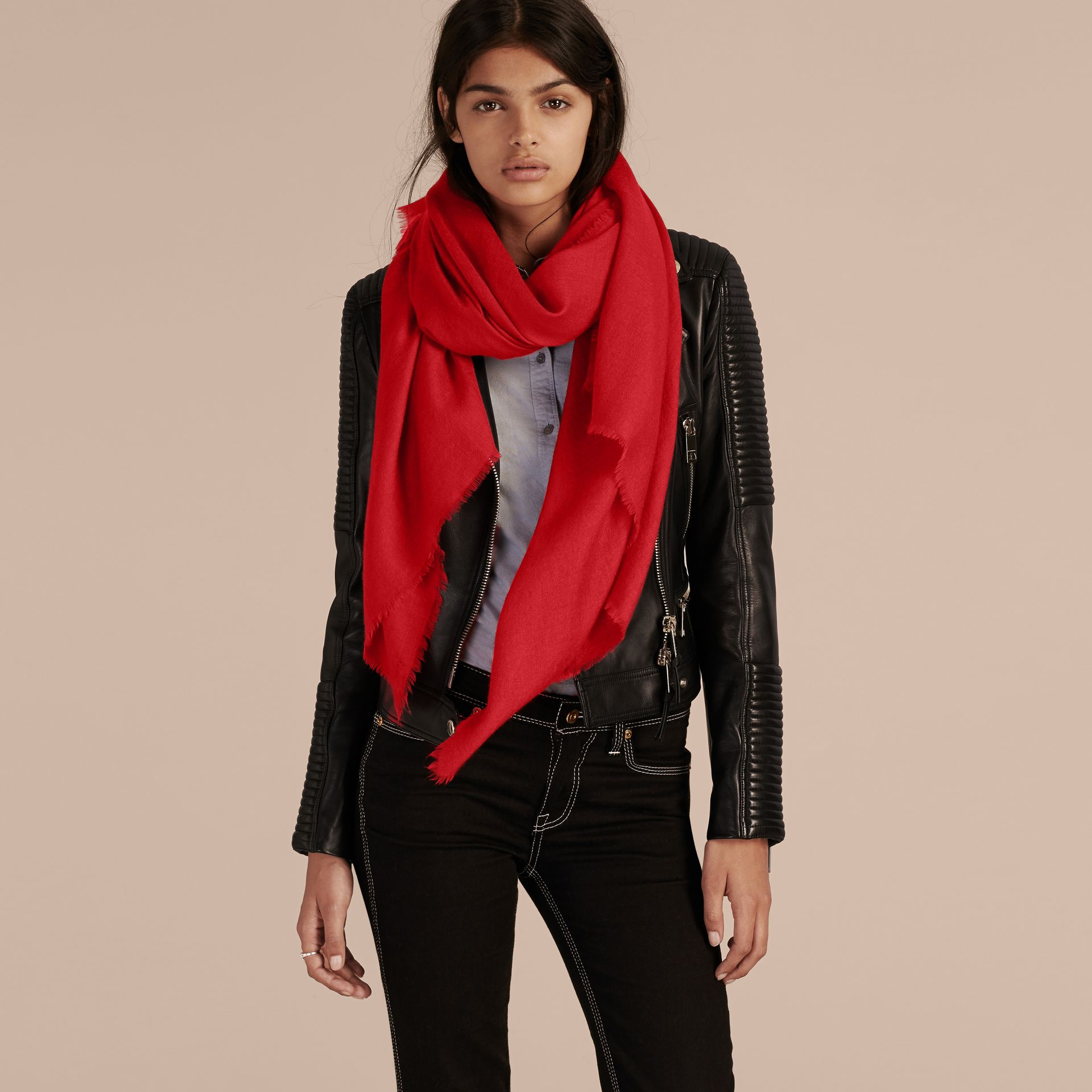 Parade red The Classic Cashmere Scarf Parade Red - gallery image 3