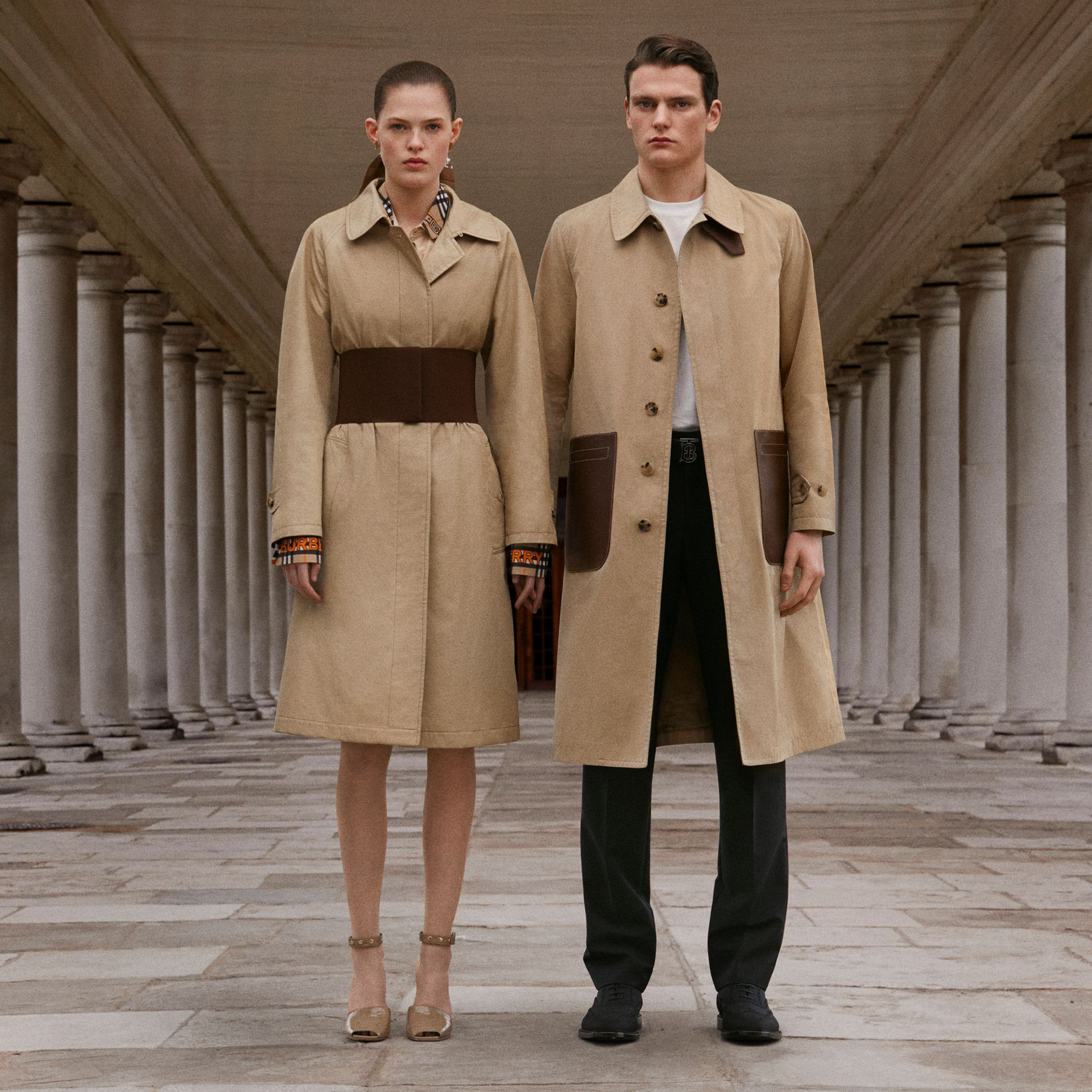 Leather Detail Cotton Gabardine Car Coat in Honey | Burberry - gallery image 1