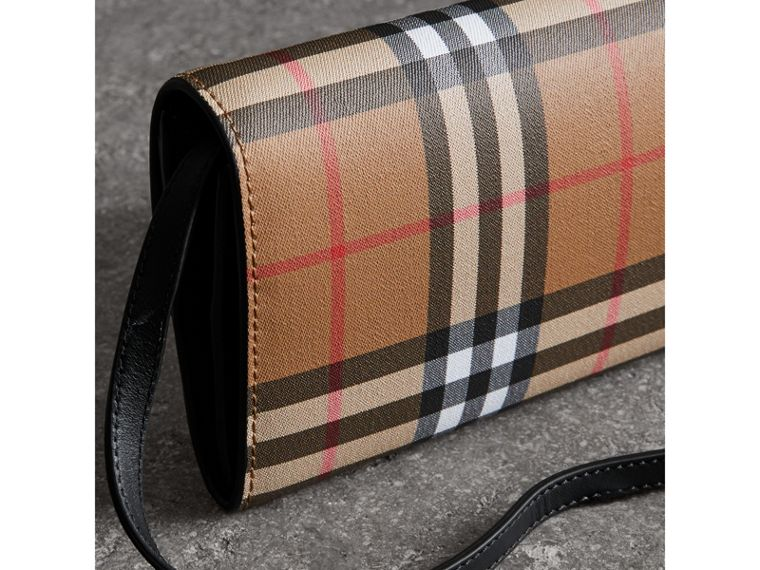 Detachable Strap Vintage Check Leather Wallet in Black - Women | Burberry United Kingdom - cell image 4