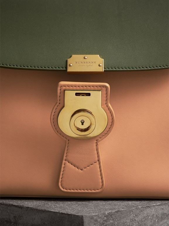 The Medium DK88 Top Handle Bag in Pale Clementine/moss Green - Women | Burberry United Kingdom - cell image 1