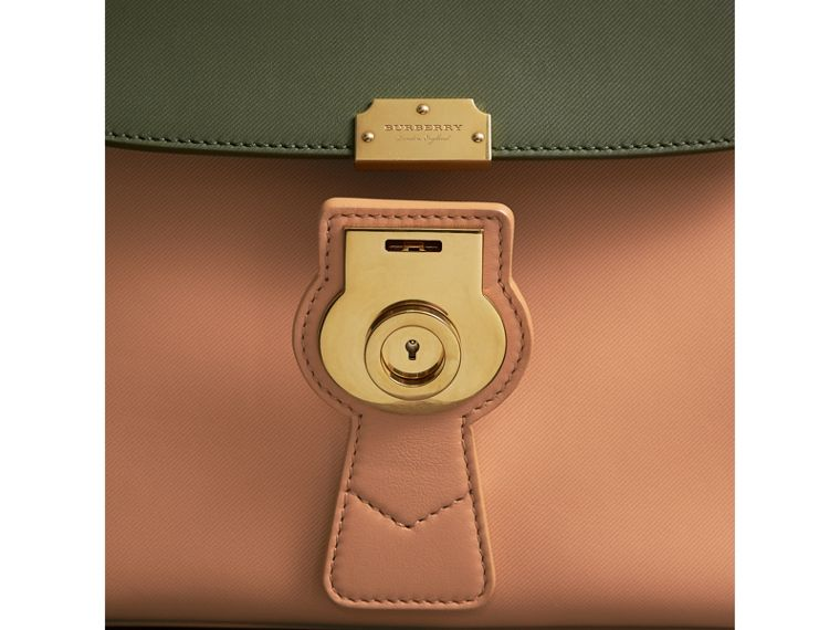 The Medium DK88 Top Handle Bag in Pale Clementine/moss Green - Women | Burberry Australia - cell image 1